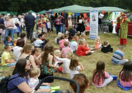 OZ the fun day magic show Magician and Entertainer in Waterlooville